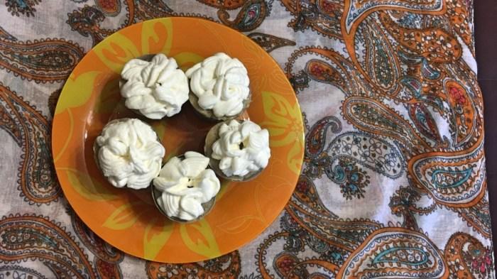 Банановые кексы со сливочным кремом