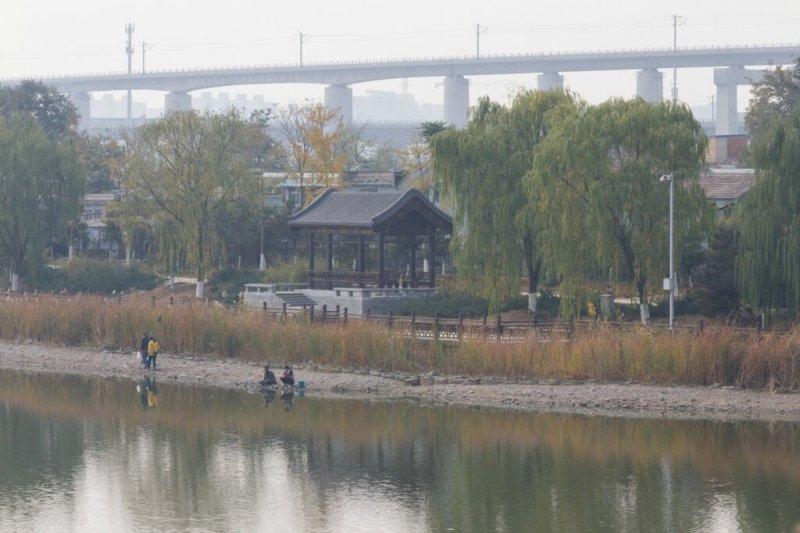 Берег реки Юндин