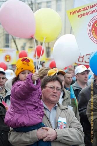 01 мая, парад, Ижевск, Гагарин, первомай, мир, труд, май, праздники, парад, праздники в россии, праздники 1 мая, все праздники в россии, праздники на май, Ижевск, Парад, 1 мая, с 1 мая, открытки 1 мая