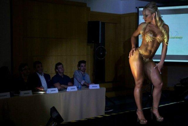 Лучшие бразильские попы: история конкурса Miss BumBum в фотографиях