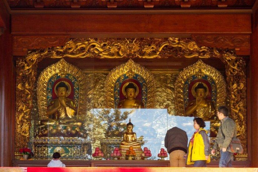 монастырь Лингуан, Бадачу