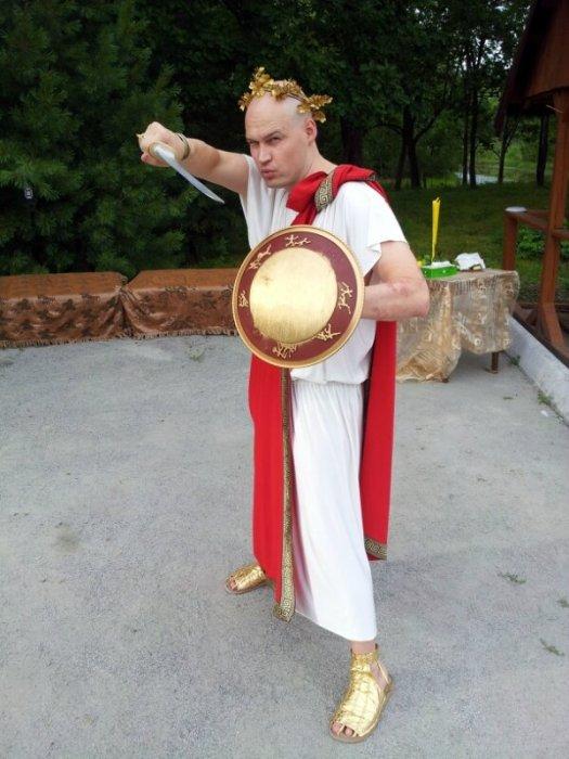 Юбилей, Владимировка, 300 Спартанцев, греческий стиль