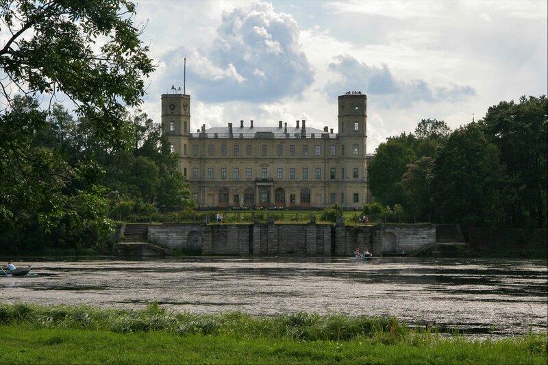 Гатчинский дворец и Большая терраса-пристань