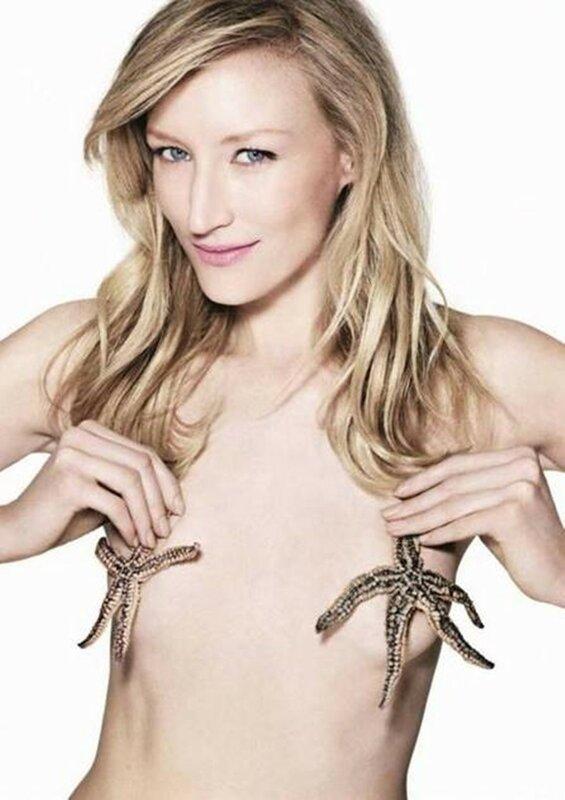 Голливудская актриса снялась голой с большой рыбой