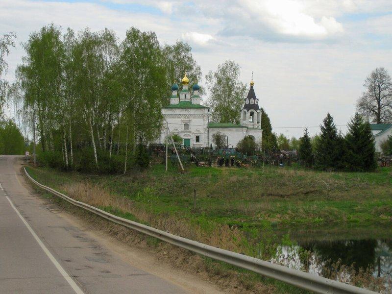 Церковь в Рождественно-Суворово