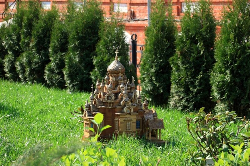 Деревянная модель церкви в Свято-Троицком женском монастыре