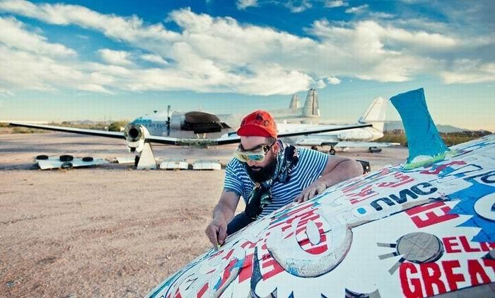 Авиа-граффити в проекте The Boneyard Project. Тусон. Аризона. Pima Art and Space Museum