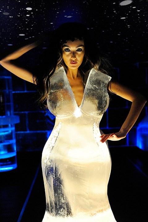 ледена рокля