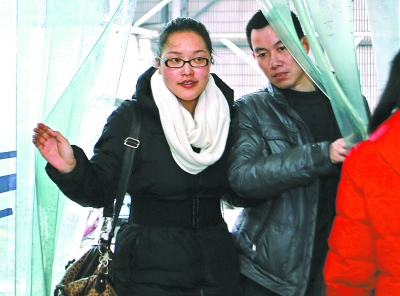 Китаянка отложила свадьбу, чтобы пожертвовать свой мозг