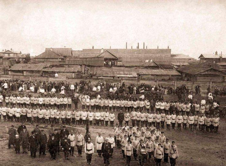 1903. Барнаульское Добровольное Пожарное Общество в день празднования 10-ти летнего юбилея. Из жизни пожарной службы