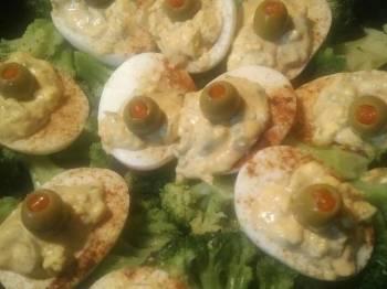 Deviled eggs and broccoli