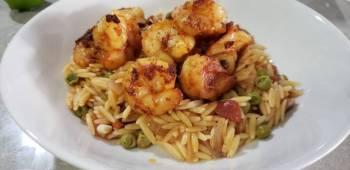 Orzo pasta with shrimp
