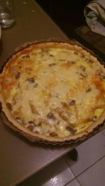 Chicken mushroom pie (quiche)