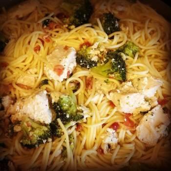 Chicken Bacon Broccoli Alfredo Pasta