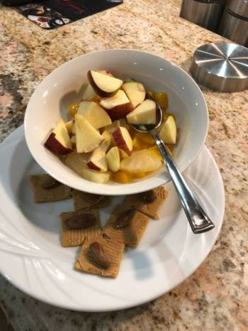 Fruit salad and peanut butter crackers