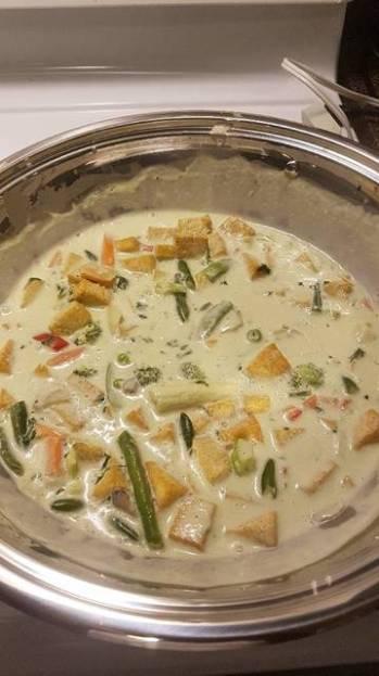 Vegan green coconut curry