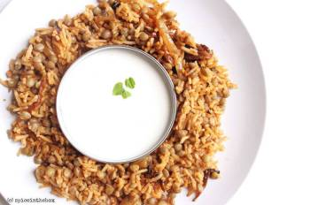 Green Lentil-Rice with Yogurt Sauce