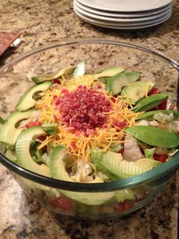 Avocado Garden Salad