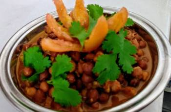 Red Chana Masala Stew