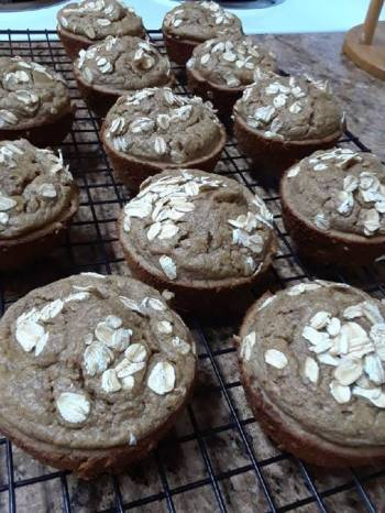 Oatmeal and Fruit Blender Muffins