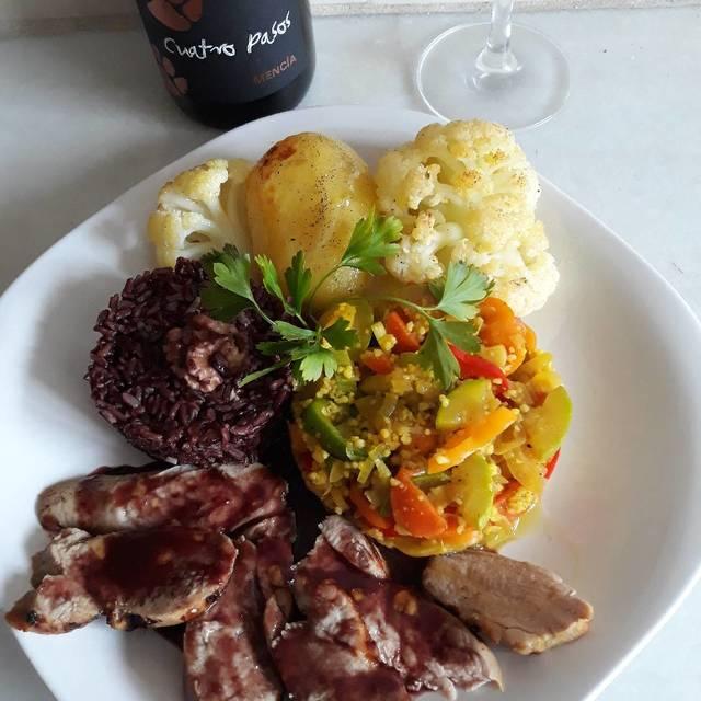 Solomillo de cerdo al horno con salsa