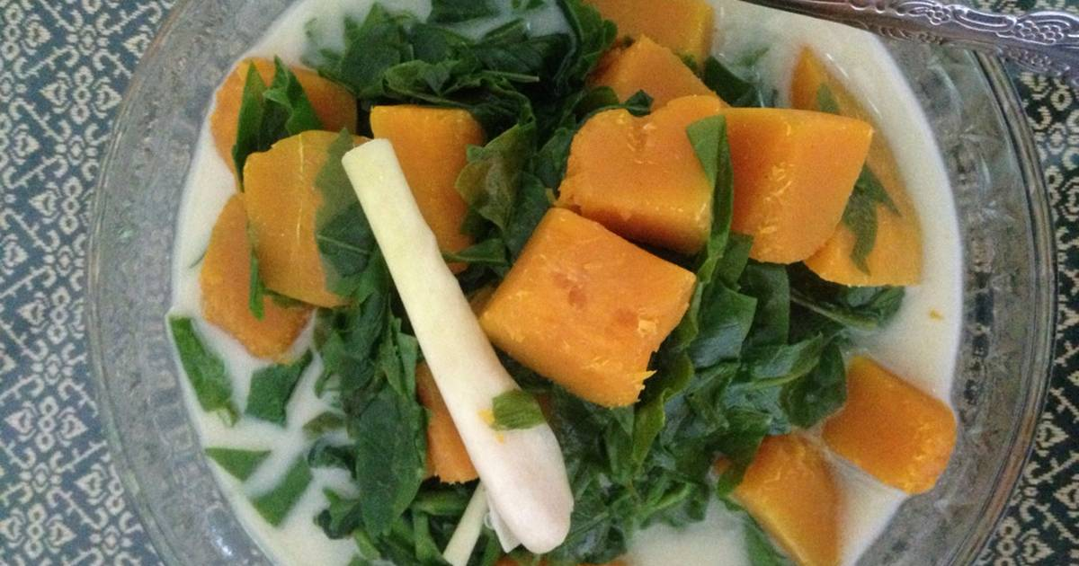 Resep Sayur daun melinjo santan oleh echi friyanti  Cookpad
