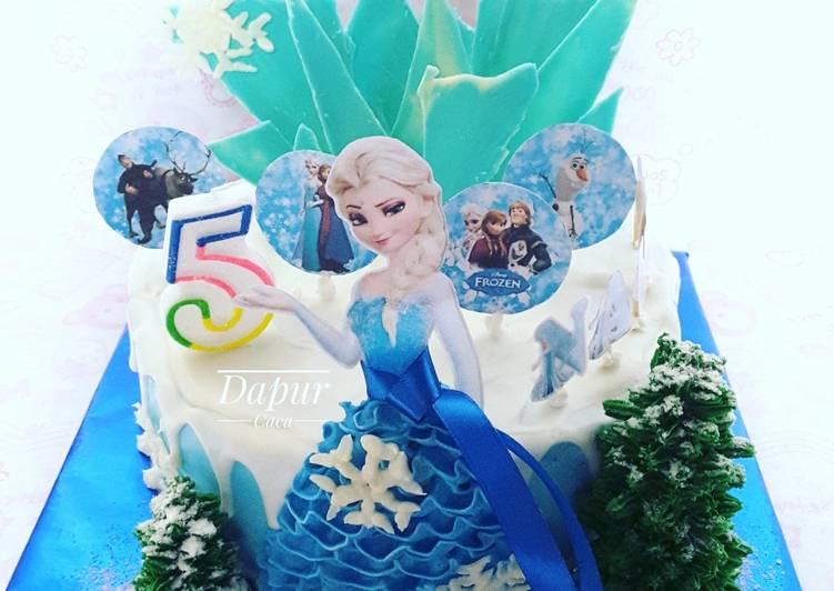Resep Frozen Birthday Cake Kue Ulang Tahun Elsa Elsa Birthday