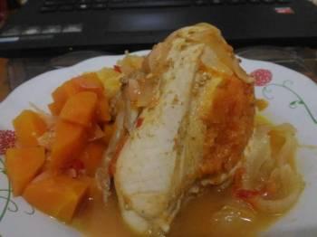 Ayam Isi Wortel Kuah Asem Pedas