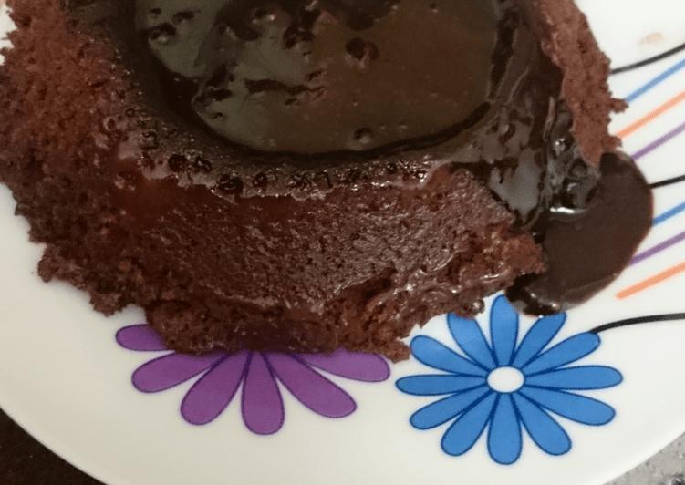 طريقة عمل كيك الشوكولاتة في الميكروويف بالصور من Eman5 كوكباد