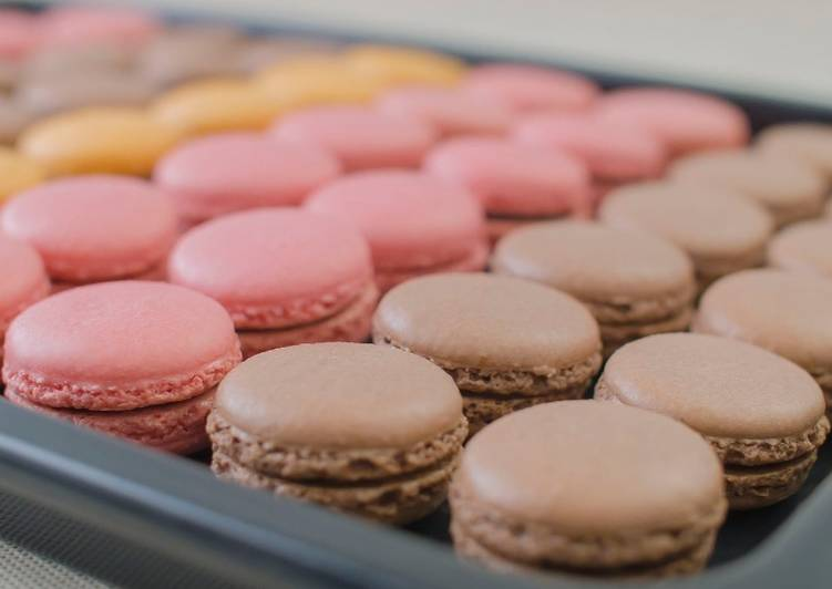 PARISIAN MACARONS (chocolate macarons)★Recipe video★