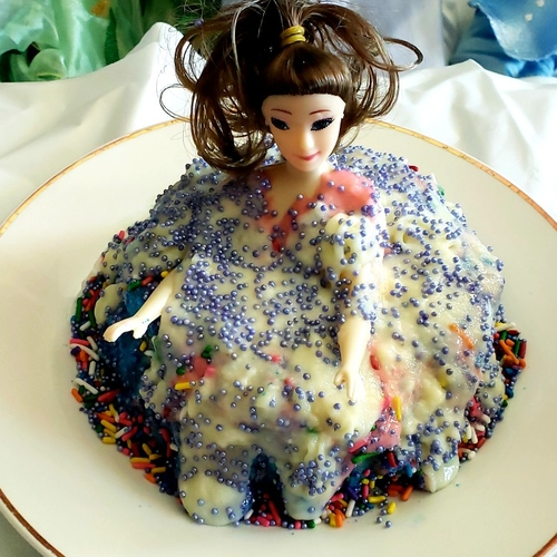 Triple layered doll cake