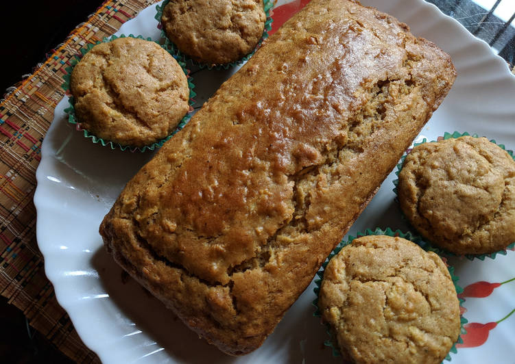Eggless apple cinnamon cake / muffins