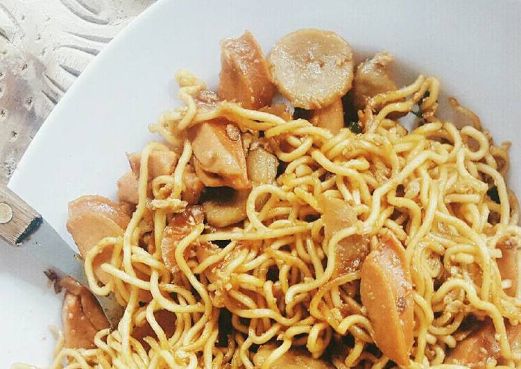 , Easiest Way to Cook Appetizing Chinese Fried Noodle