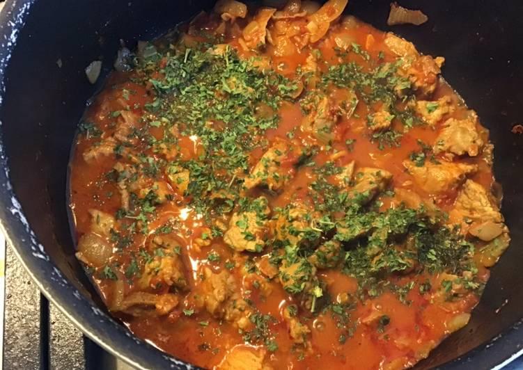 Sauté de dinde aux tomates paprika et gingembre