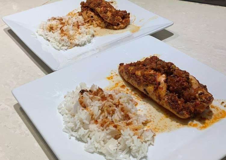 Roulades de poulet farcies aux poivrons rouges et chorizo