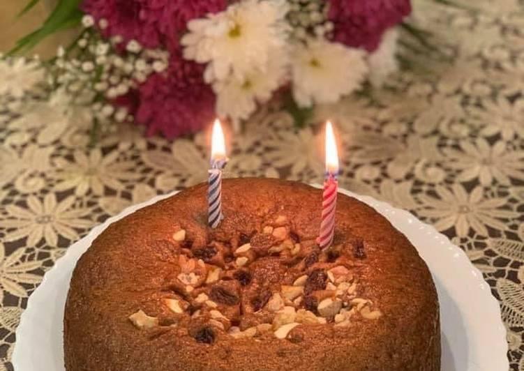 Wheat flour jaggery cake