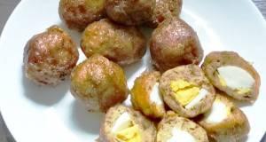 Perkedel isi telur