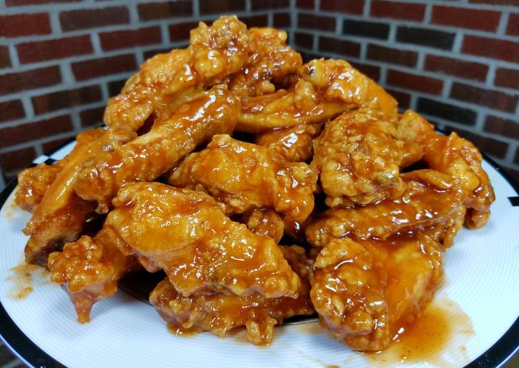 Deep Fried Honey BBQ Chicken Wings & Drummettes