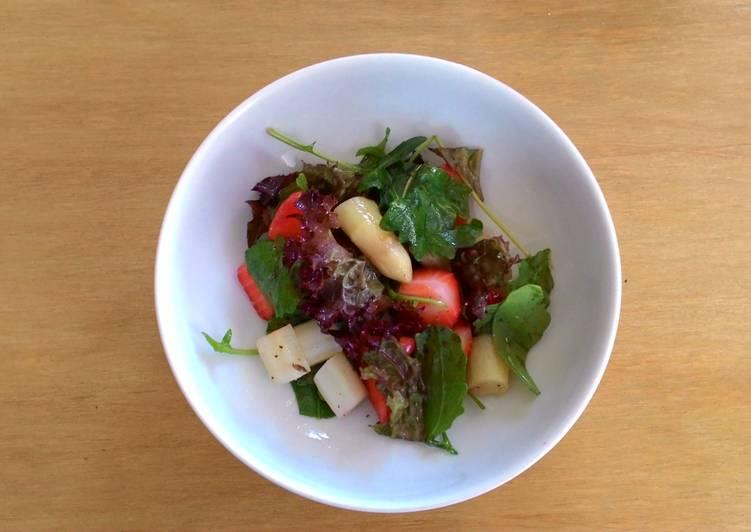 蘆筍草莓芝麻葉沙拉食譜 by Dr. Cook - Cookpad