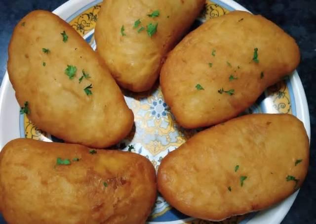 Deep fried calzones