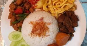 Nasi Uduk Rice Cooker Lauk Komplit