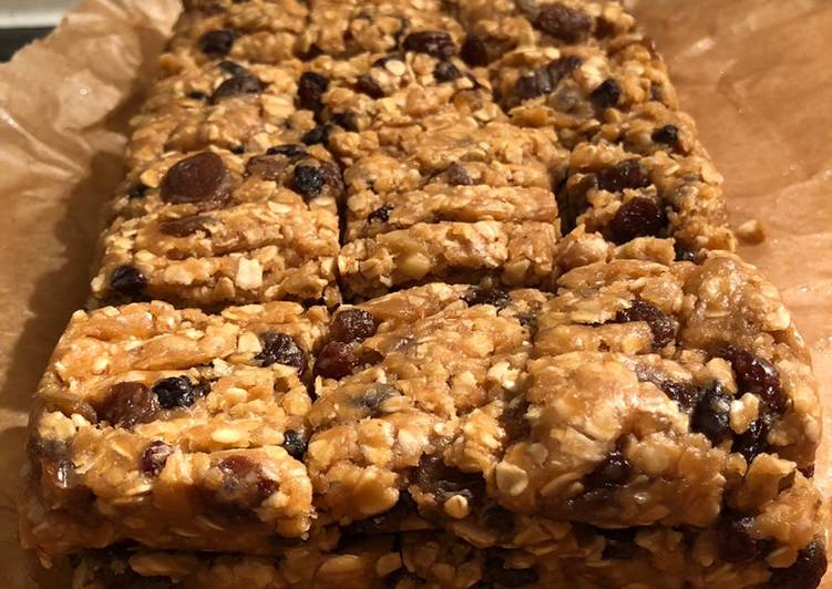 No-bake Fruity oatmeal protein bars (V)