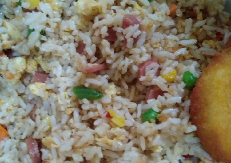 Nasi goreng putih hongkong