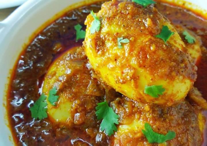 Egg Curry | Dhaba-Style Egg Gravy