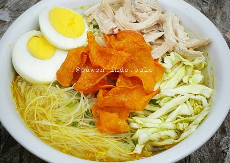 Soto Ayam (Indonesian Chicken Soup)