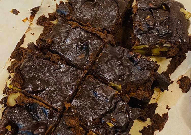 Dark chocolate mirin brownies (flourless, dairy and oil free)