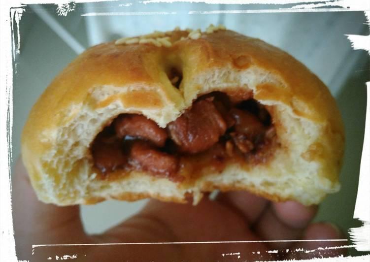 Chicken charsiu filling pao/roti