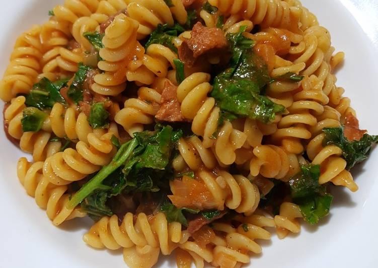 Spicy Smoked Chorizo and Kale Pasta