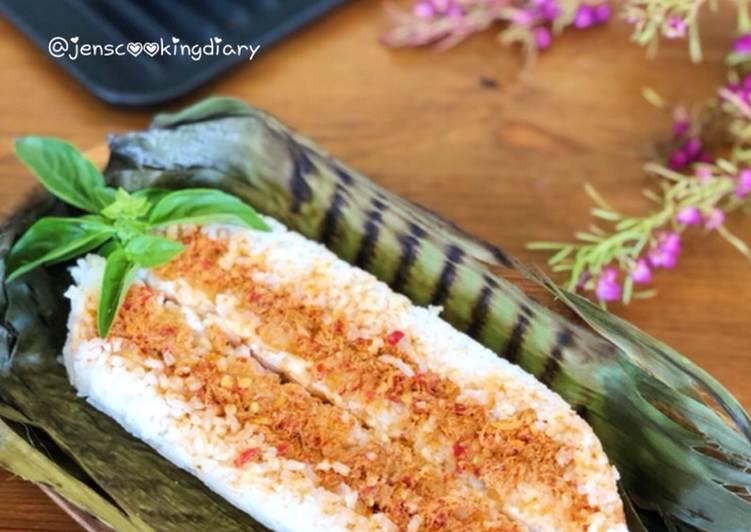 Nasi Bakar Sambal Tuna (Spicy Tuna Grilled Rice)