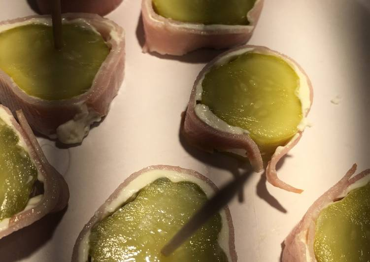 Cream Cheese And Pickle Roll Ups!!💚💚✅✳️✳️